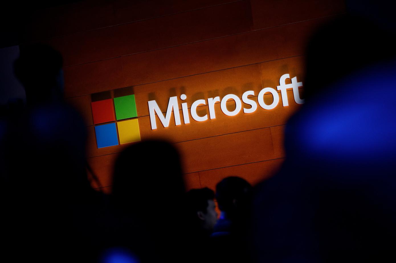 به گفته مایکروسافت چینیها با حمله به سرورهای Exchange سعی در سرقت اطلاعات دارند