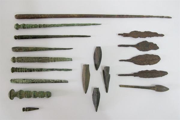 21 قلم اشیاء تاریخی با قدمت هزاره اول پیش از میلاد در زنجان و خدابنده کشف شد