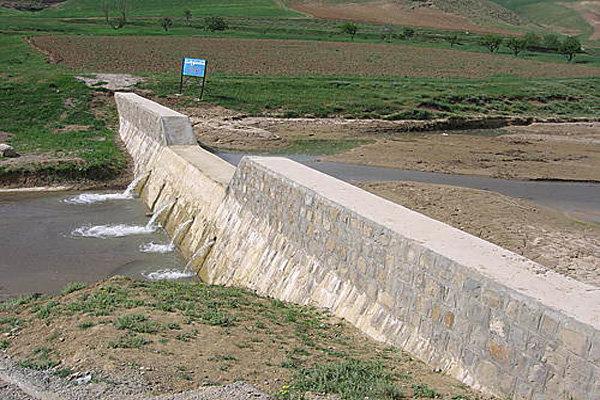 تداوم اجرای طرح های کنترل سیلاب و آبخوان داری در زنجان