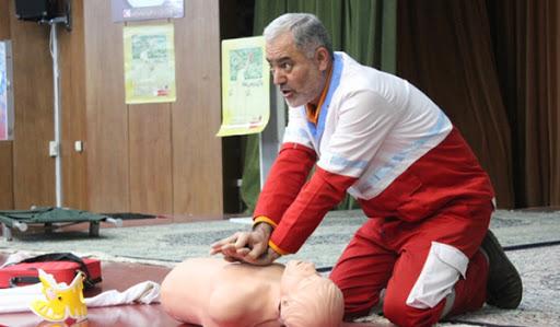 ارائه آموزش هلال احمر به 2500زنجانی