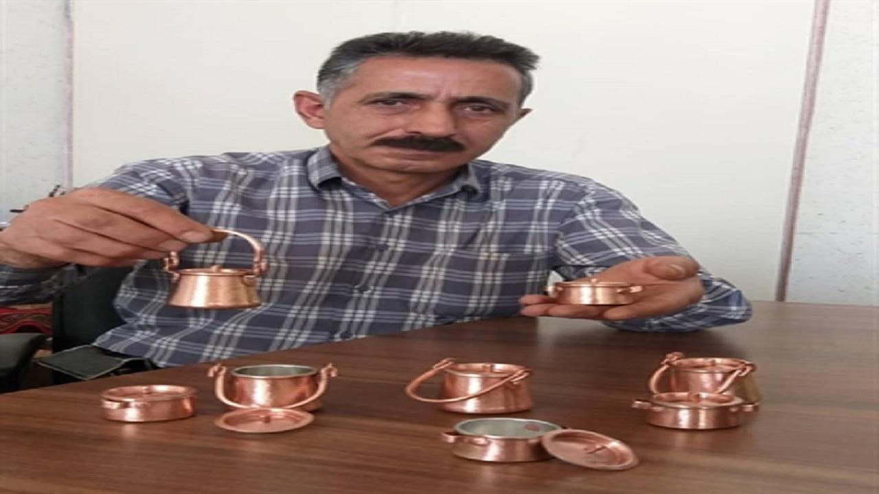 ساخت کوچکترین ظرف دیزی و قابلمه مسی در زنجان