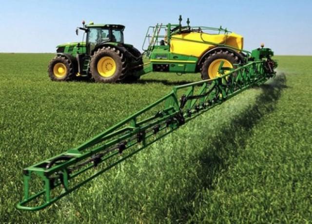 سهمیه سوخت به ادوات کشاورزی فاقد پلاک انتظامی تعلق نمی گیرد